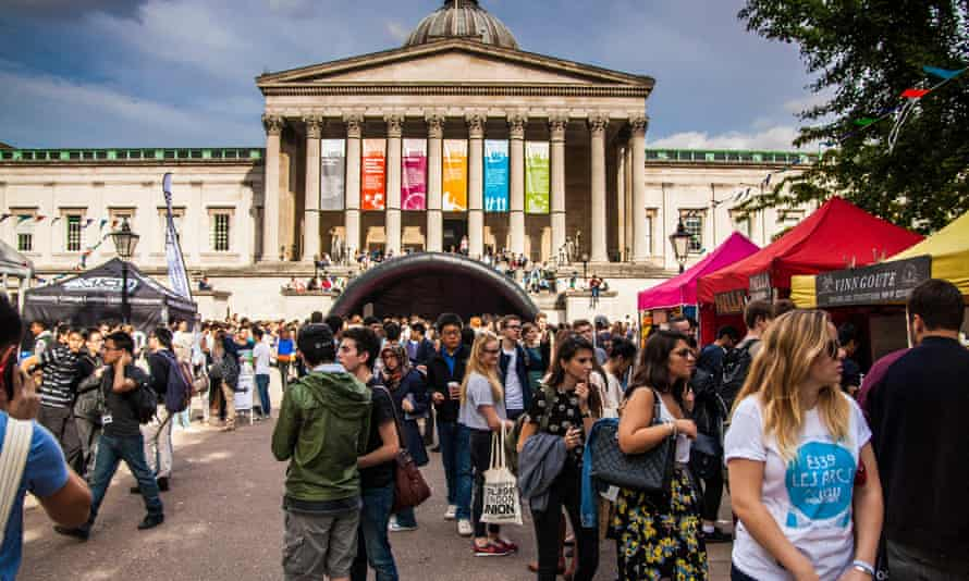 UCL students participate in freshers' week welcome fair