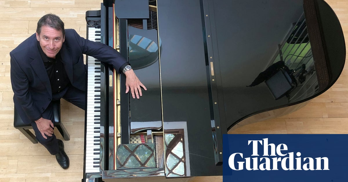 A broken record: why music TV deserves more than Jools Holland