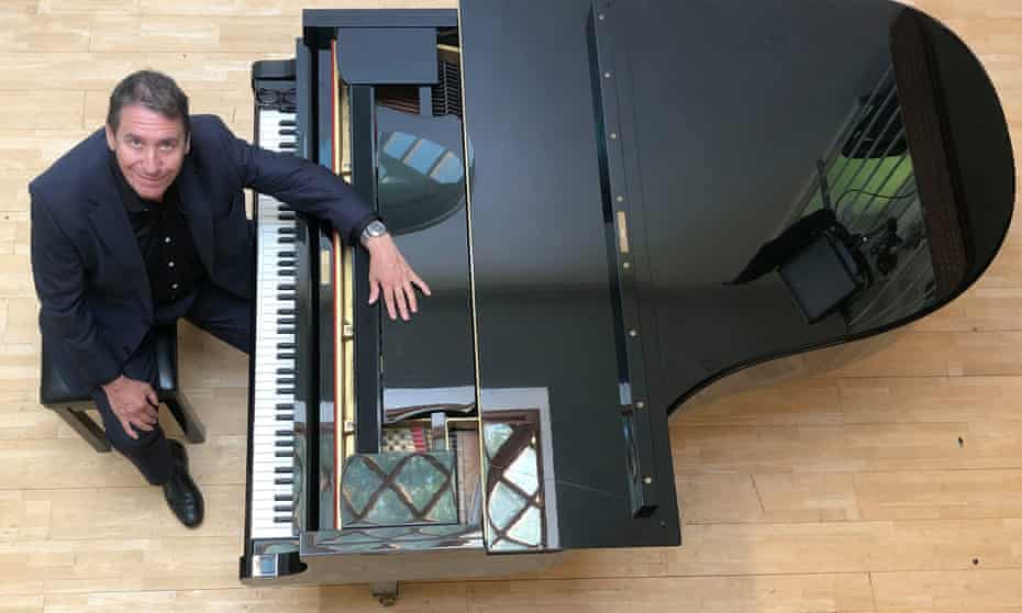 Jools get his grand piano ready for another series.