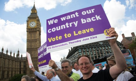 Vote Leave demonstrators at the Houses of Parliament in 2016