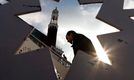 A man arrives for Friday prayers at the Birmingham Central Mosque, 2007