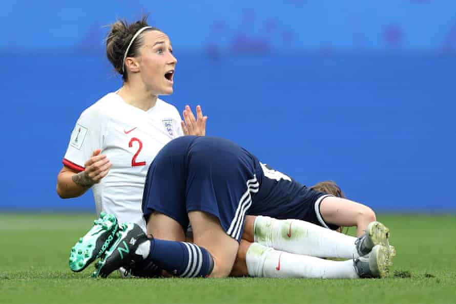 Lucy Bronze of England reacts to a clash during the group D match between England and Scotland at Stade de Nice.