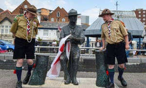 The Baden-Powell statue in Poole.