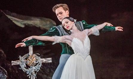 Francesca Hayward as Giselle and Alexander Campbell as Albrecht.