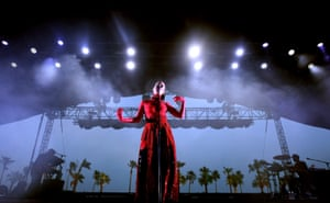 Banks, Coachella's lady in red, does a half-hearted rendition of YMC