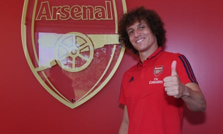 David Luiz has completed his move to Arsenal and was unveiled at the London Colney training ground