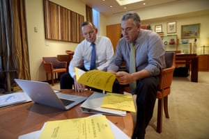5 May 2015: In a photographic opportunity which reached #PeakAwkward, Abbott and Treasurer Hockey spent time posing and chatting together for the cameras in the lead up to the 2015 budget. It was compared to the very awkward Gillard/Rudd photograph staged during the 2010 election campaign.