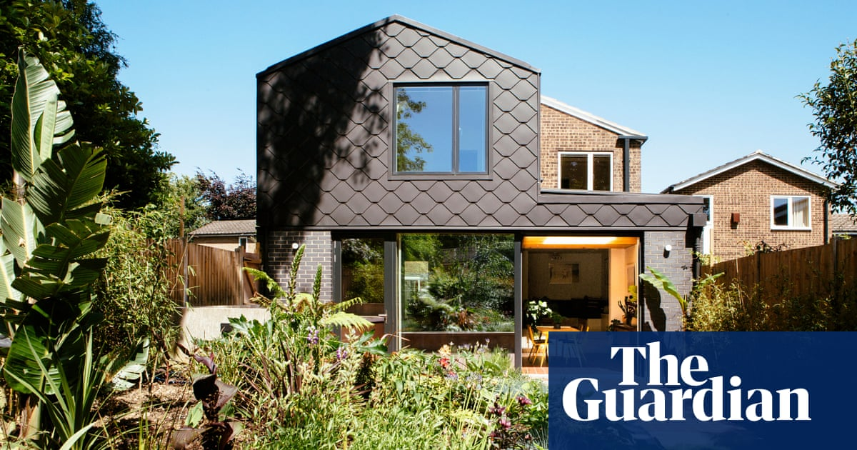 'The cobalt blue felt like a risk': a daring revamp of a dated house