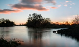 Sunset over the Thames in Oxfordshire