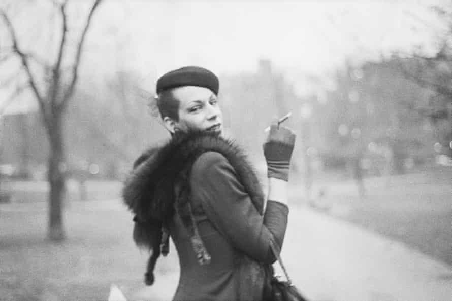 Ivy on the way to Newbury St, Boston Garden, Boston, 1973, by Nan Goldin