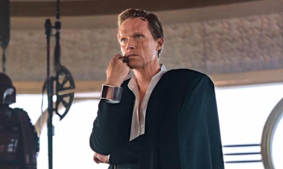 Dryden Vos in Solo: A Star Wars Story.