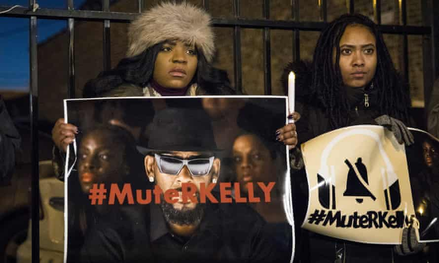 #MuteRKelly supporters protest outside R. Kelly's studio in 2019