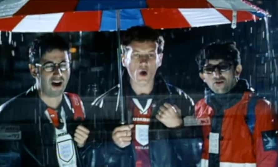David Baddiel, Frank Skinner and Ian Broudie of the Lightning Seeds in the original Three Lions video.