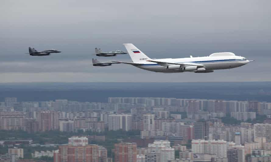 The Ilyushin Il-80 is a mobile command post designed to keep top Russian officials alive and in command of the military during a nuclear conflict.