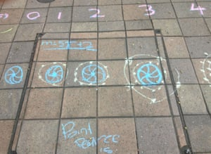 Growing pattern. Indigenous students' chalk drawing that represents the equation m = 5t + 2 - showing creativity in learning and teaching of maths. Dr Chris Matthews is dedicated to improving the teaching of maths and incorporating Indigenous culture into the teaching of maths across the Australian curriculum