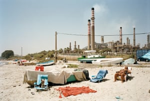 According to the World Health Organisation, La Linea de la Concepción, close to the Gibraltar refinery, has the worst air quality in Spain