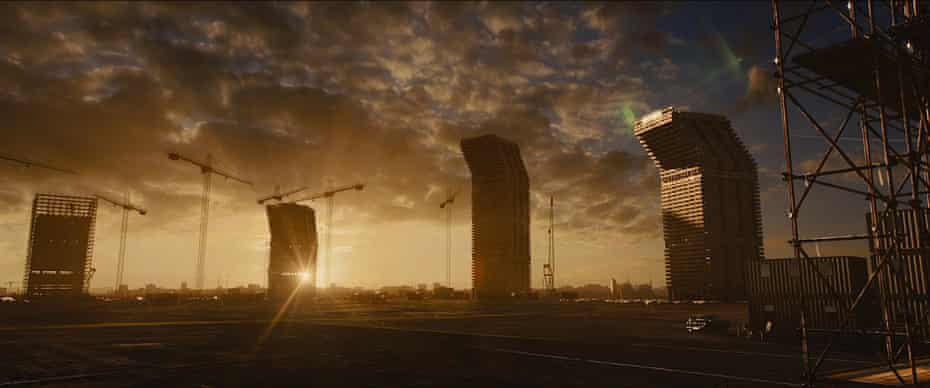 still from Ben Wheatley's 2015 film of High-Rise.