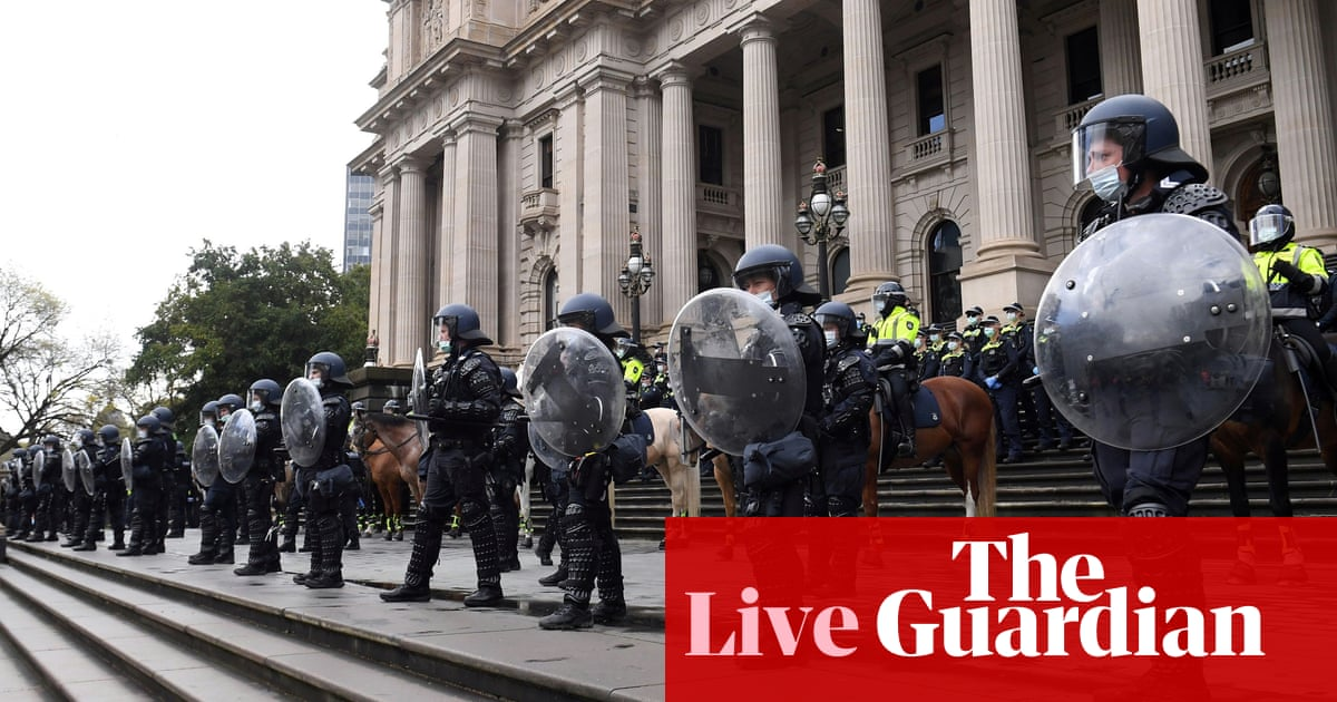 Australia Covid updates live: NSW records 1,035 cases, Melbourne protesters arrested; Victoria records 628 cases and three deaths