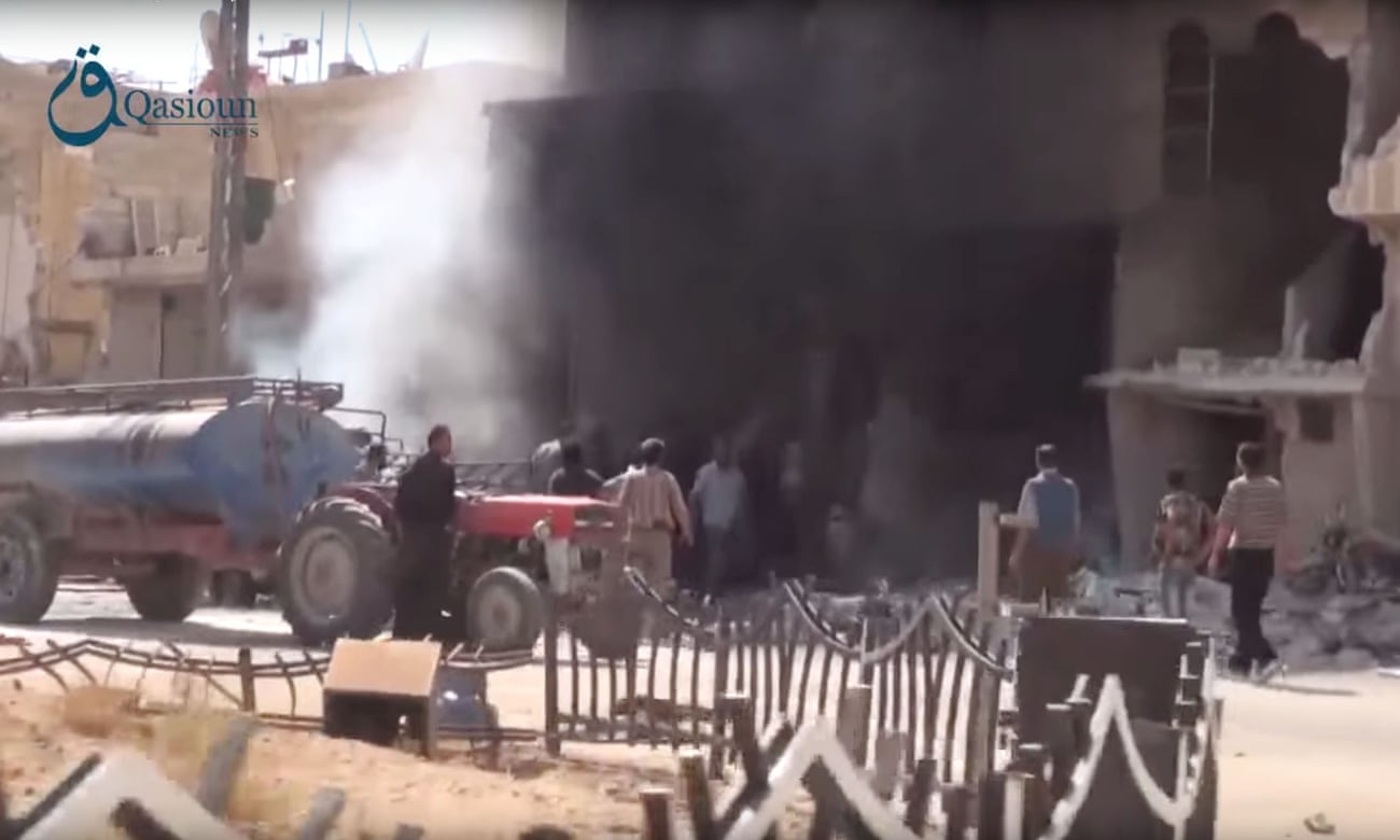 Dair al-Asafeer (Damasco) dopo un bombardamento russo.
