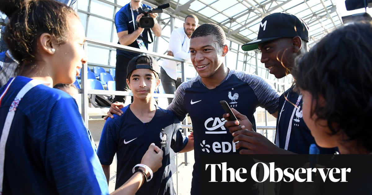 6a26dd59904 France pins its hopes on Kylian Mbappé, the boy from the banlieue |  Football | The Guardian