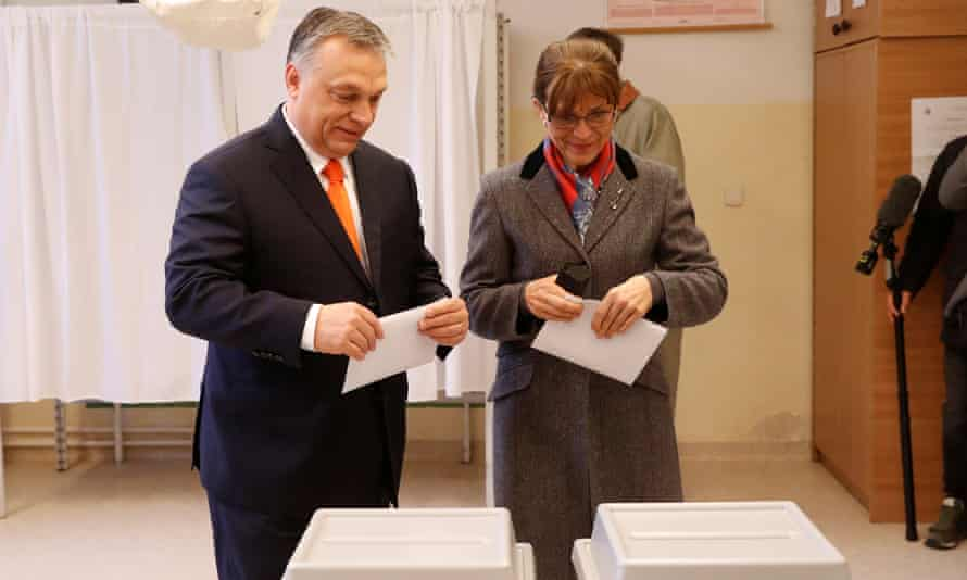 Viktor Orbán and his wife Aniko Levai vote in the Hungarian parliamentary election