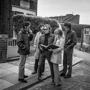 Michael Tuchner (director), Richard Burton (Vic Dakin), John Hallam (Terry) in Ealing