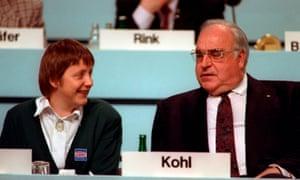 Helmut Kohl with the newly-elected CDU deputy leader Angela Merkel in 1991.