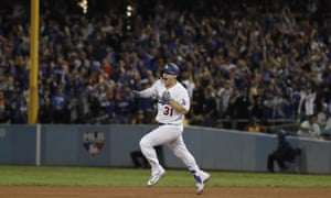 Joc Pederson celebrates his home run in the seventh inning