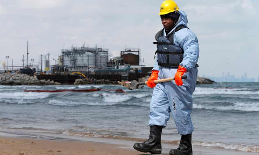 The oil and gas company BP said it paid the $8m penalty it agreed to for alleged air pollution problems at an oil refinery in Whiting, Indiana, on the shore of Lake Michigan.