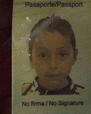 Meybelin's photo in her passport.