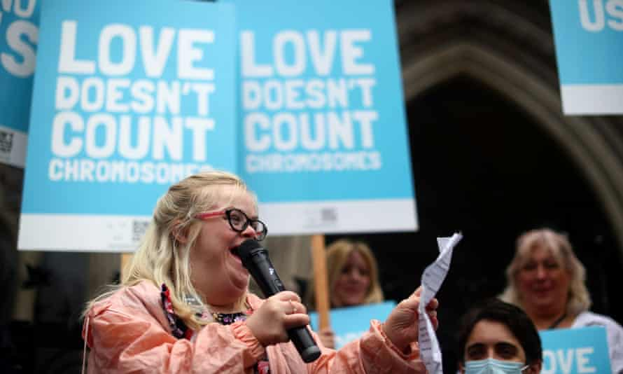 Heidi Crowter speaks outside the high court