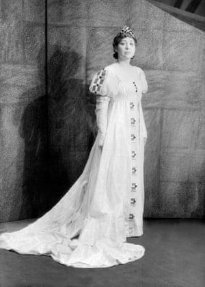 Edna Lewis Thomas as Lady Macbeth, in 1936.