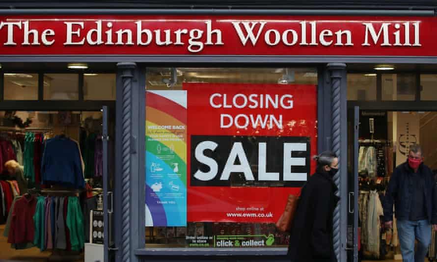 The Edinburgh Woollen Mill shop in Shrewsbury advertising its closing-down sale in December.