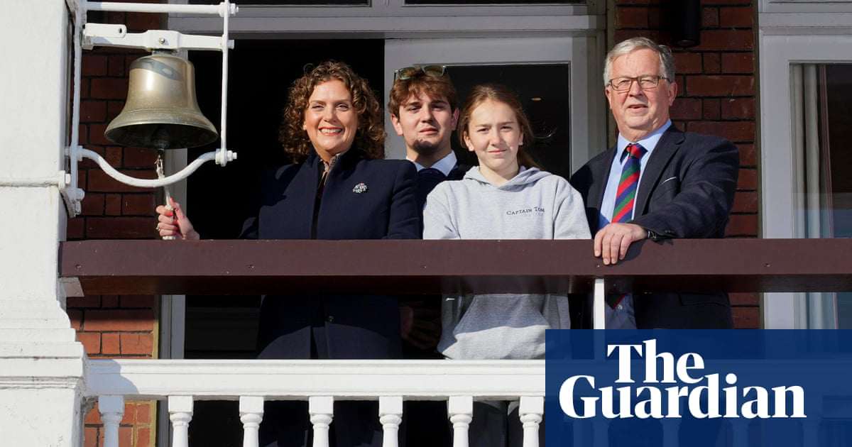 Captain Sir Tom Moore's family kick off birthday fundraising weekend