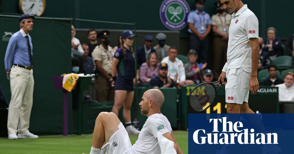Roger Federer edges through after Adrian Mannarino retires in fifth set