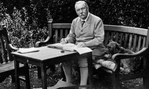 Sir Arthur Conan Doyle in his garden in 1925.