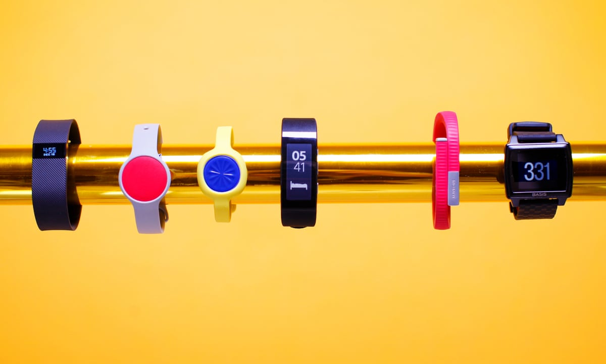 fossil watches snaps up fitness tracker maker misfit. Black Bedroom Furniture Sets. Home Design Ideas