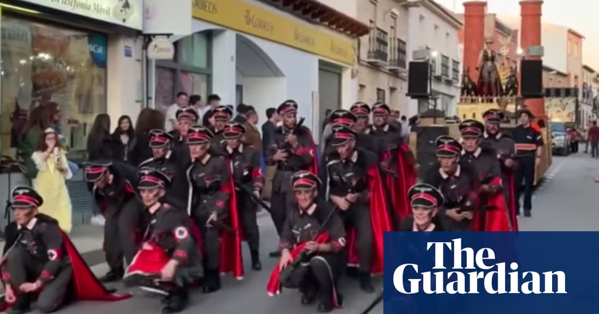 Parade of 'Nazis' in Spanish carnival sparks furious criticism