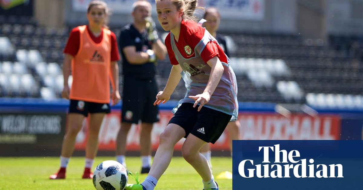 Carrie Jones: too young to play for Cardiff but set to play for Wales Women | Suzanne Wrack