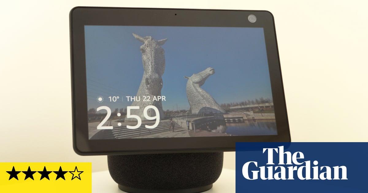 Echo Show 10 리뷰: this rotating Alexa display follows you around