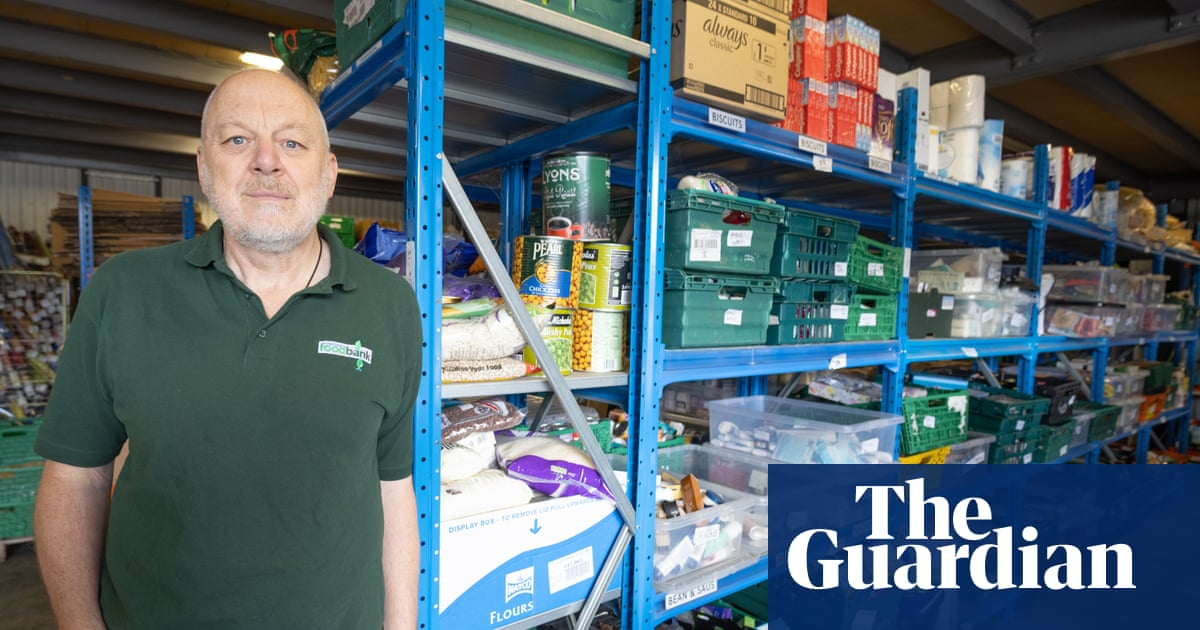 Food banks warn of smaller parcels due to HGV supply shortages