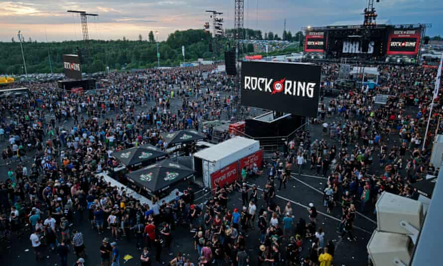 Rock am Ring festivalgoers leaving the site