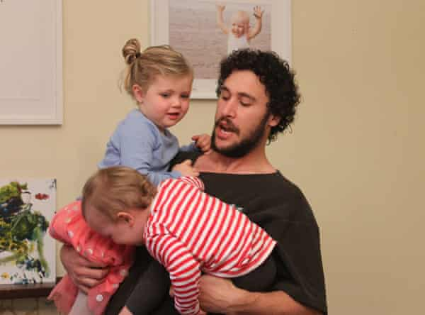 How to Dad presenter Jordan Watson with his daughters, Mila and Alba.