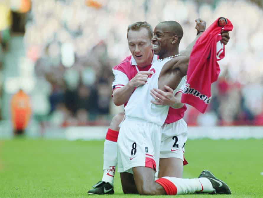 Ian Wright breaks Arsenal's goalscoring record in September 1997.