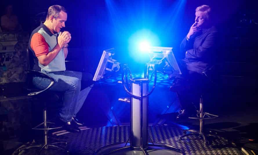Matthew Macfadyen and Michael Sheen as Charles Ingram and Chris Tarrant in Quiz.
