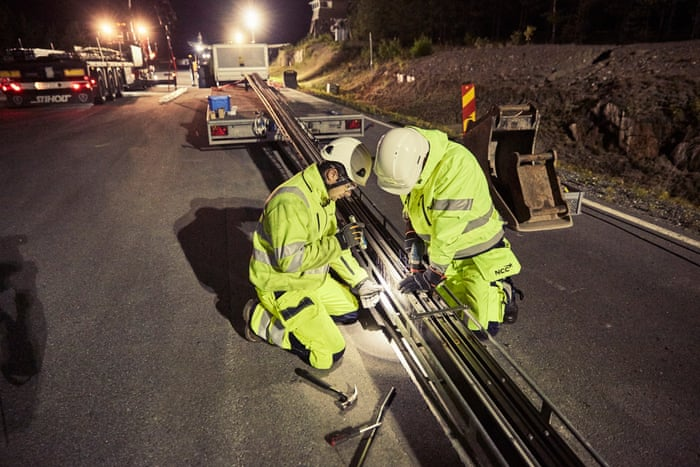 World's first electrified road for charging vehicles opens in Sweden