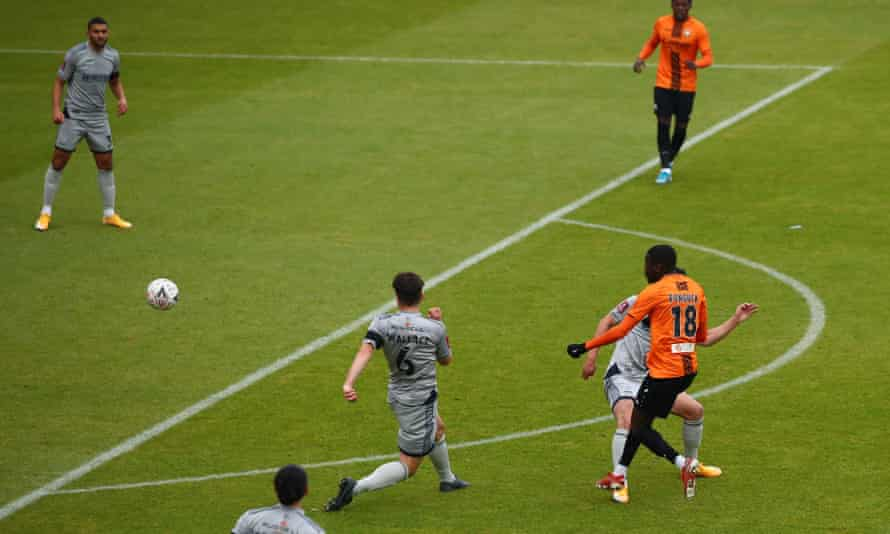 Wes Fonguck fires in the winner for Barnet.