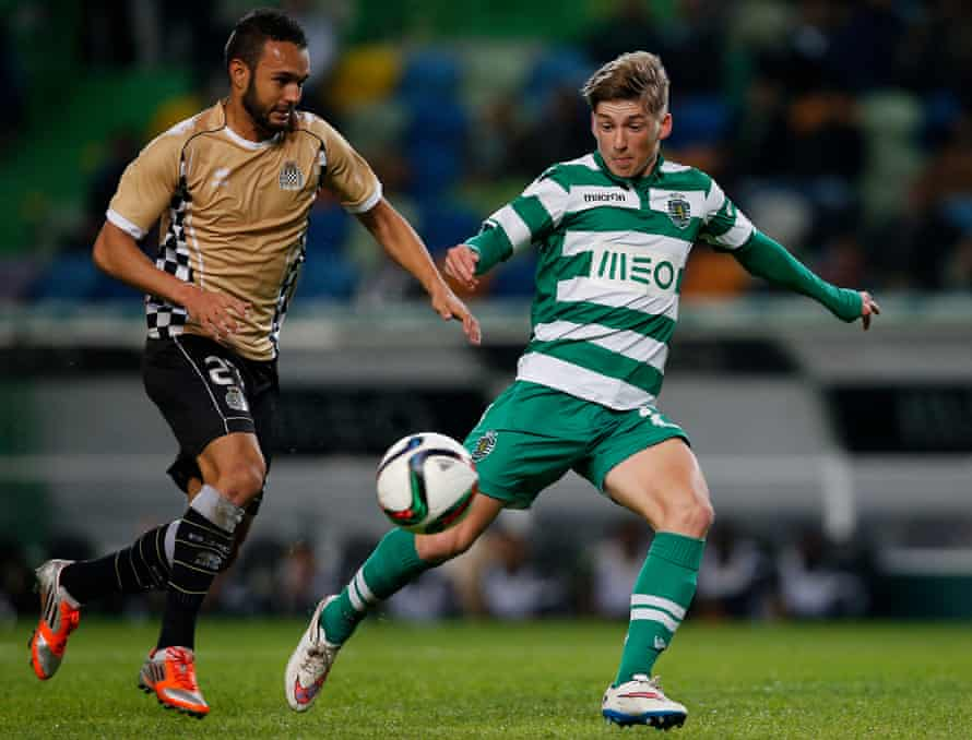 Ryan Gauld playing for Sporting Lisbon in 2015. He says the club has 'a good side and a bad side'.