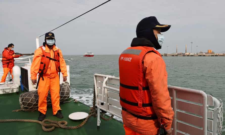 Taiwanese coast guards on a ship patrolling the waters off the Taiwan-controlled Matsu islands, 28 January, 2021.