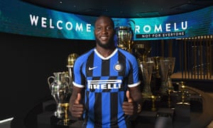 Romelu Lukaku poses in the Internazionale shirt after completing his move from Manchester United.